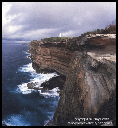 Macquarie-lighthouse-and-cliffs-by-day