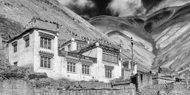 Black and White, Buddhism, Hemis National Park, India, Ladakh, Landscape, Monochrome, Photography, Rumbak, Street photography, Tibet