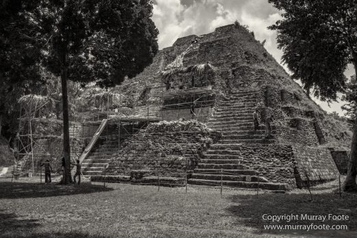 Archaeology, Architecture, Black and White, Flores, Guatemala, La Blanca, Landscape, Maya, Monochrome, Nature, Photography, Street photography, Travel, Wildlife, Yaxha